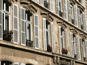 Entreprise de nettoyage et d'entretien d'immeubles
