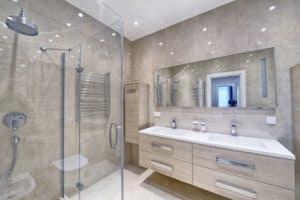 Comment Bien Nettoyer La Douche comment bien nettoyer ses vitres de douche ? - ara'nettoyage