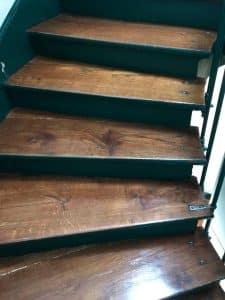 Escalier bois entretenu avec la méthode d entretien comme nous proposons n°2
